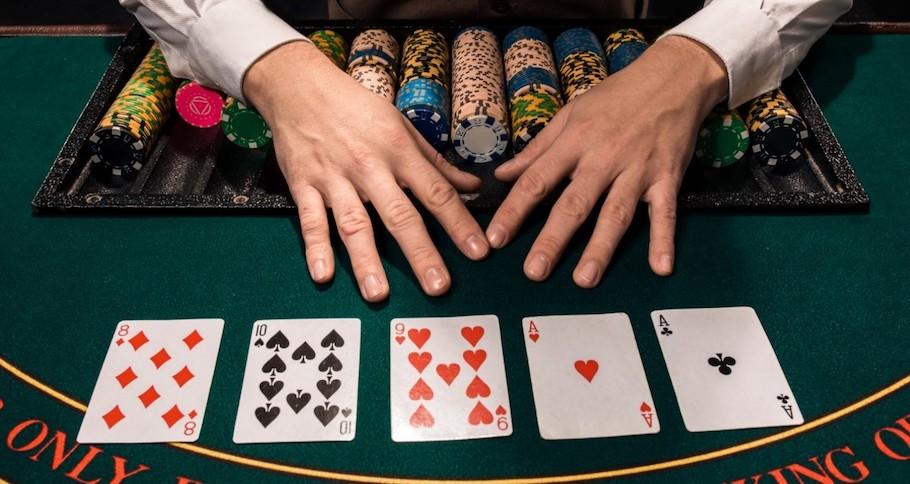 Gutshot Poker Dictionary - Kicker